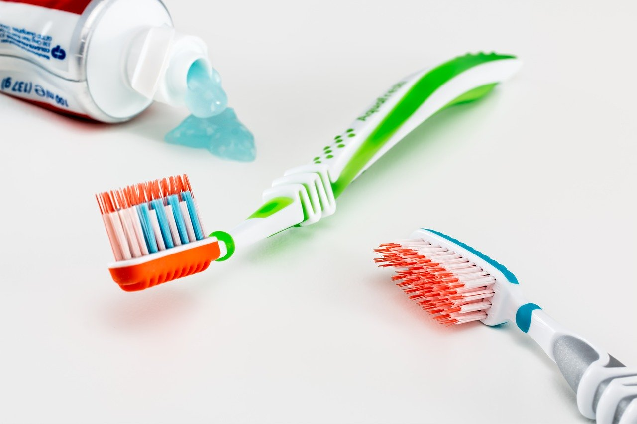 toothbrush-dental-care